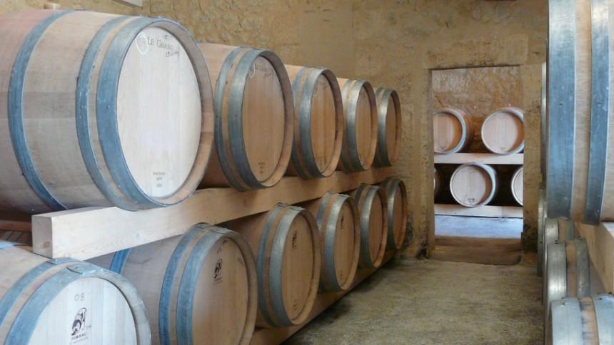 l'élevage du vin en barriques de chêne